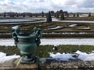 les jardins enneigés du Château de Versailles